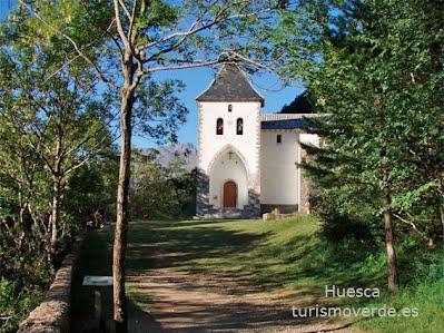TURISMO VERDE HUESCA. Ermita de Santa Elena en Biescas.